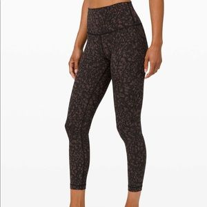 """Wunder Under HR Tight 25"""" *Full-on Luxtreme size 2"""